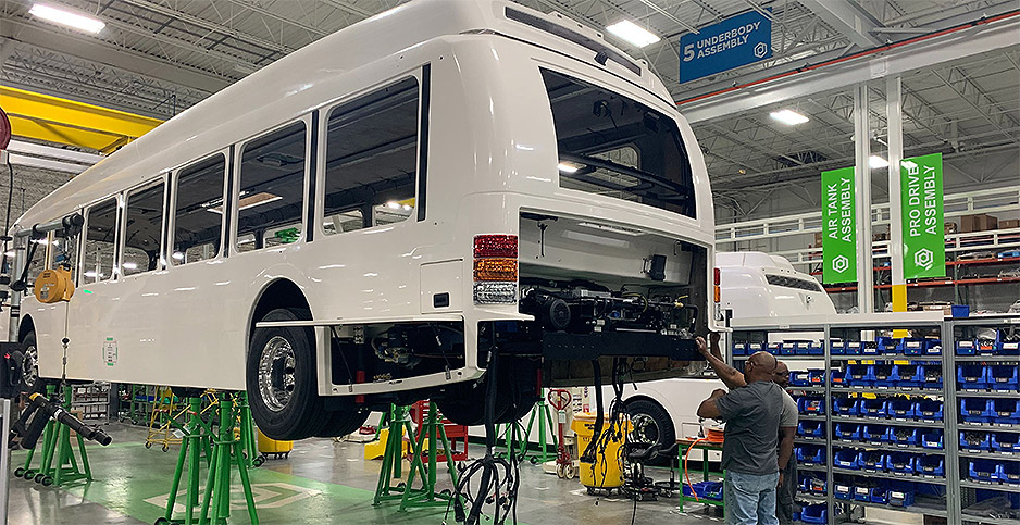 Workers at L.A.-area electric bus factory vote to unionize: Thoughts on building union power in manufacturing